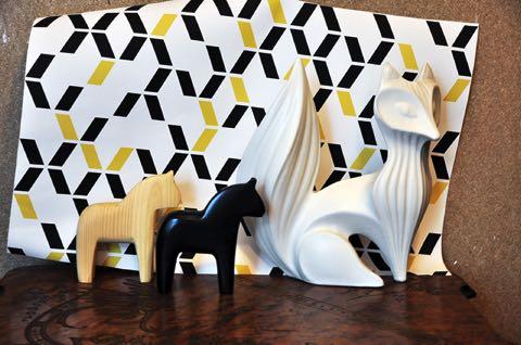 retour de vacances questions de papier peint chez moi. Black Bedroom Furniture Sets. Home Design Ideas